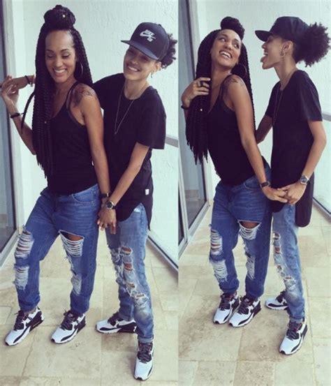 Black Lesbian Strap Gangbang