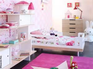 Chambre De Fille Decoration by Davaus Net Chambre Petite Fille En Bois Avec Des Id 233 Es
