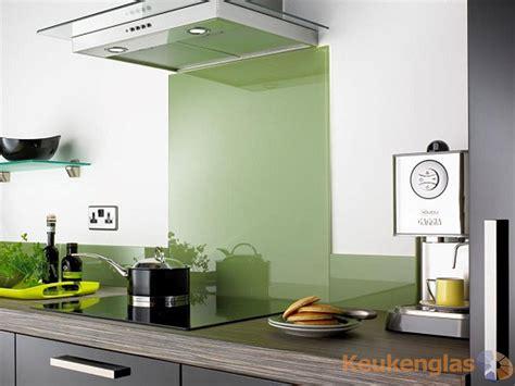 achterwand fornuis glas keuken achterwand groen glas keukenglas