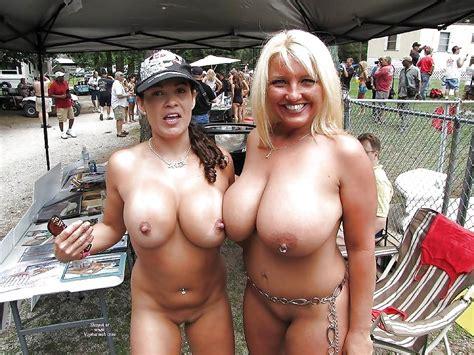 Nudes A Poppin Milf Luscious