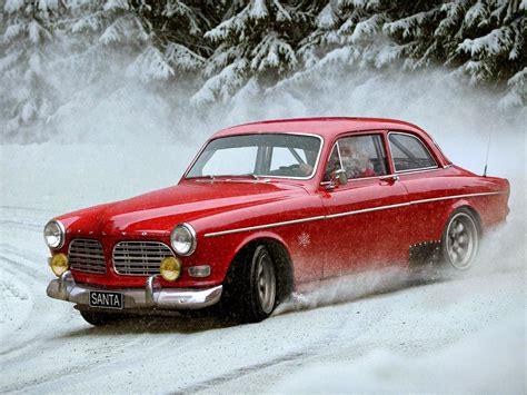 Santa's Volvo Amazon [2048x1536]