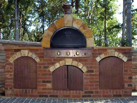 Backyard Pizza Oven by How To Build An Outdoor Pizza Oven How Tos Diy