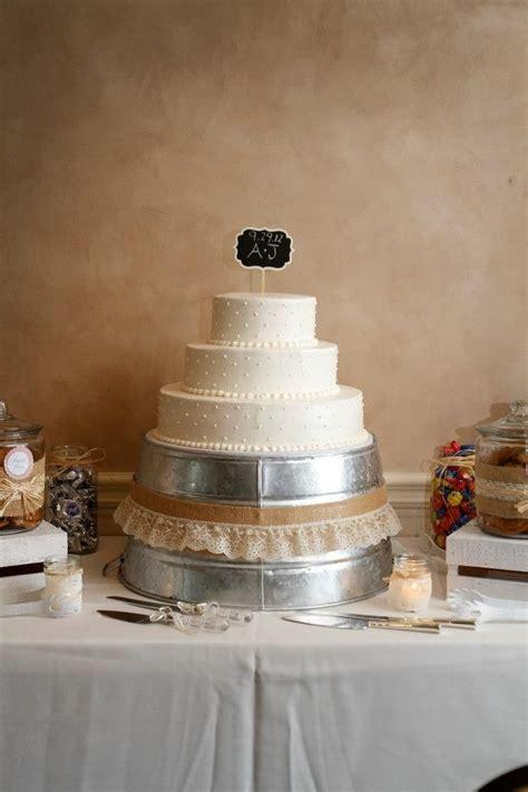 wedding cake and diy cake stand wedding