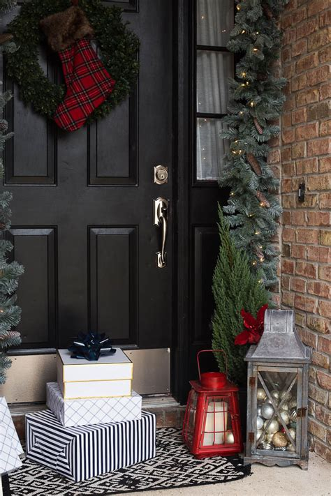 holiday porch decor ideas  essential elements