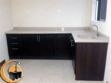 mueble de cocina estructura melamina  las puertas