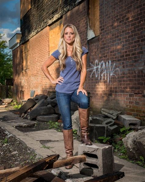 tehab addict nicole curtis of rehab addict has awesome muscles but her s are from working construction