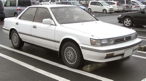 toyota camry tractor construction plant wiki  classic vehicle  machinery wiki