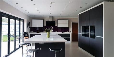 modern kitchen installation  birmingham white high gloss  oak combination