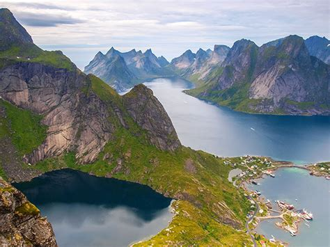 The 10 Most Beautiful Places On Earth