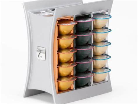 machine de cuisine des rangements originaux pour les capsules de café