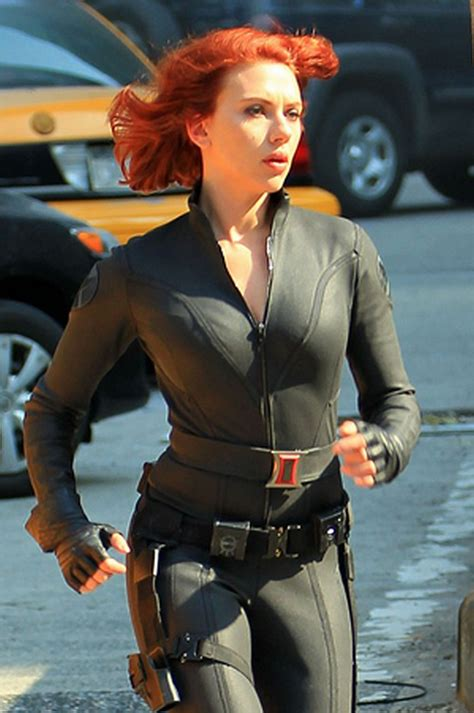 girls pictures video scarlett johansson black widow
