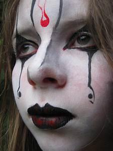 Maquillage Garcon Halloween : maquillage fille gothique anniversaire enfant ~ Farleysfitness.com Idées de Décoration