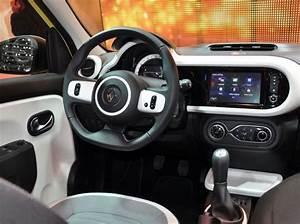 Batterie Twingo 3 : essai renault twingo 2015 en vid o actualit s sport auto le pilote blog ~ Medecine-chirurgie-esthetiques.com Avis de Voitures