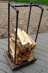 Brennholz Aufbewahrung Aussen : die besten 25 outdoor firewood rack ideen auf pinterest ~ Michelbontemps.com Haus und Dekorationen
