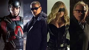 Arrow's Stephen Amell, The Flash's Andrew Kreisberg Dish ...