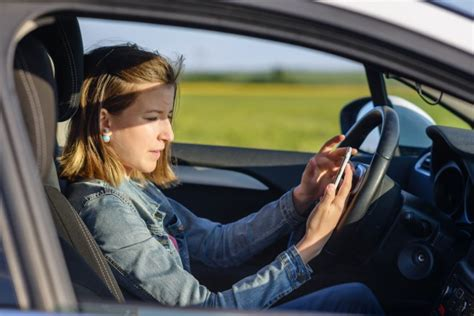 apps  prevent texting  driving honk