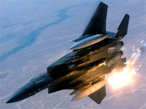 The military has been using this fighter jet since the '70s, and it still outmaneuvers the competition. F15 F-15 Eagle