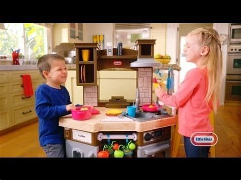 Little Tikes Cook 'n Learn Smart Kitchen  30 Commercial