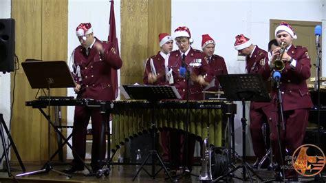 NBS orķestra mūziķi - Brauciens Kamanās - YouTube
