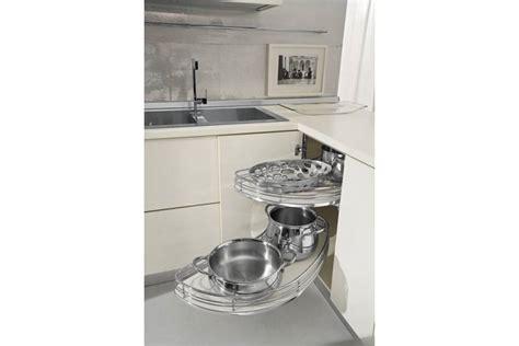 amenagement placard d angle cuisine amenagement meuble d angle cuisine 28 images meuble de