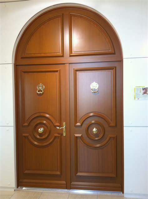 porte en bois de chambre cuisine fabrication et installation de protes d 39 entrã e ã