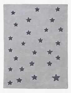 Teppich Kinderzimmer Sterne : bezaubernder kinderzimmer teppich voller sterne der getuftete das hei t von hand gearbeitete ~ Eleganceandgraceweddings.com Haus und Dekorationen