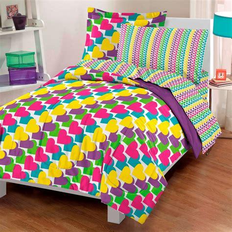 dontell vargas jayne image bedroom ideas  year ladies