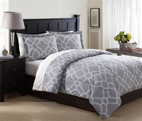 essential home 3 piece microfiber comforter set geo