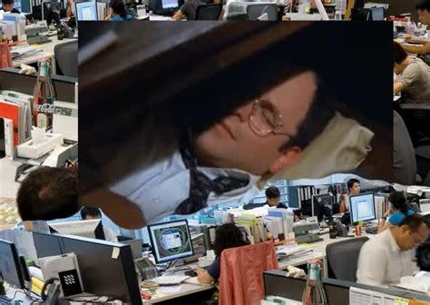 George Costanza Desk Gifs Search