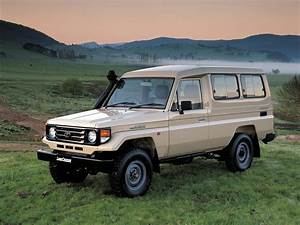 Toyota Land Cruiser 70 Series Troopy