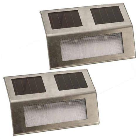 lumiere solaire de patio lumi 232 re de patio solaire paquet de 2 acier inoxydable rona