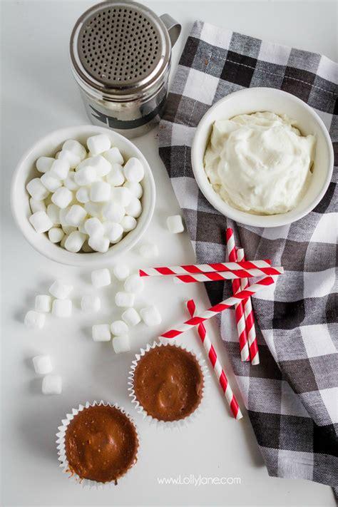 how to make mini cheesecakes hot cocoa cheesecake minis recipe an easy holiday mini dessert