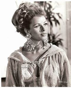Senta Berger Größe : 10 best images about senta berger on pinterest posts ~ Lizthompson.info Haus und Dekorationen