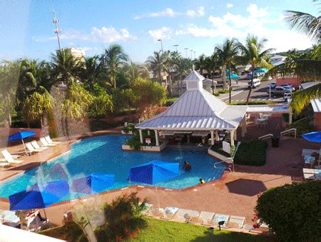 comfort inn bahamas the comfort suites paradise island the best kept secret