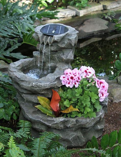 Springbrunnen Für Den Garten solar springbrunnen f 252 r den garten