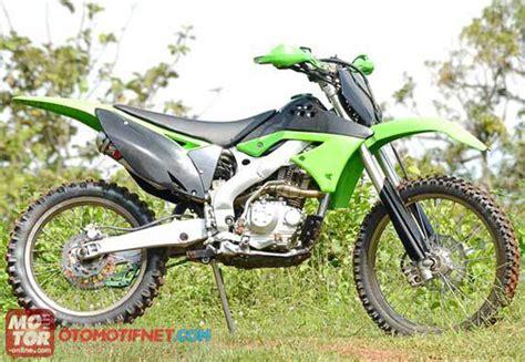 Klx 250 Modifikasi Motocross by Modifikasi Klx 150 Jadi Motocross Motor Klx