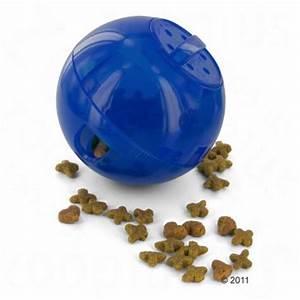 Balle Pour Chat : petsafe slimcat balle nourriture pour chat zooplus ~ Teatrodelosmanantiales.com Idées de Décoration