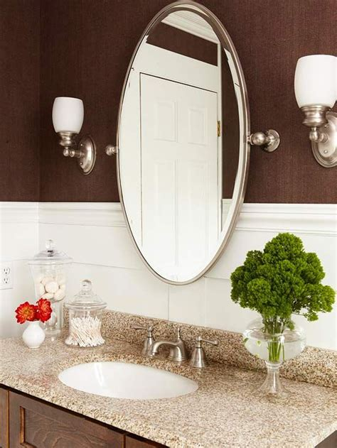 Framed Oval Bathroom Mirror by Best 25 Oval Bathroom Mirror Ideas On Half