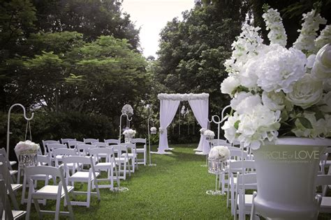 the top garden wedding venues in brisbane styling hire
