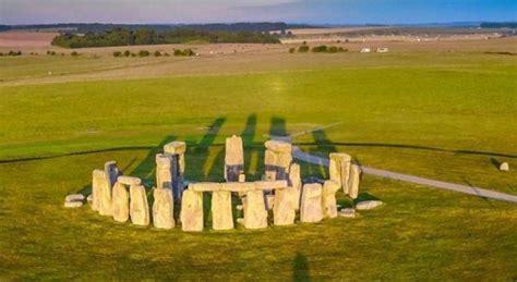 Zbulohet se nga vijnë gurët gjigantë të Stonehenge ...