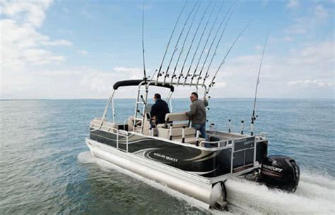 Saltwater Fishing Boat Seats by A Saltwater Center Console Pontoon Boat Yeah Again