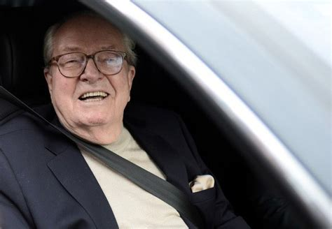 bureau du front national jean le pen suspendu du front national la croix