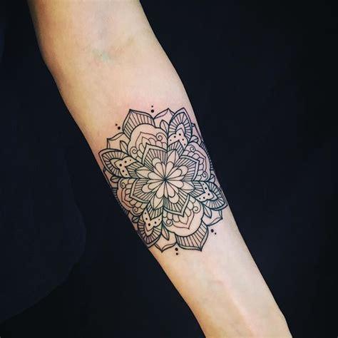 1000+ Ideas About Mandala Wrist Tattoo On Pinterest