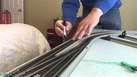 build  model railroad      table episode