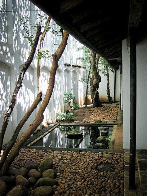cozy japanese courtyard garden ideas home design  interior