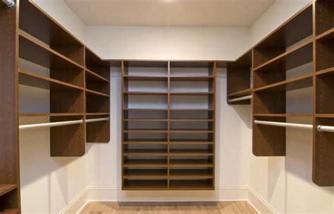 Regale Für Begehbaren Schrank by Am Besten Regale F 252 R Begehbaren Kleiderschrank Bauen Sie