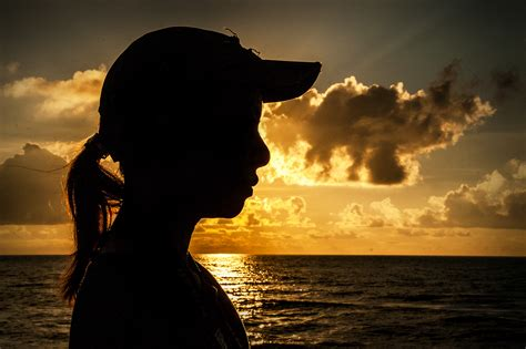 how to photograph a silhouette portrait 6 steps with pictures