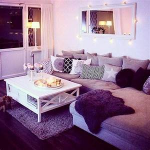 Purple living room for Cute living room ideas
