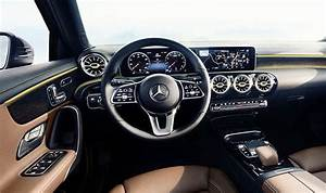 Mercedes Classe A 2018 : mercedes a class 2018 interior revealed in pictures ahead of cars release ~ Medecine-chirurgie-esthetiques.com Avis de Voitures