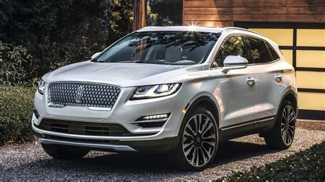2019 Lincoln Mkc  Small Suv Amps Up Style Youtube